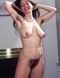 senior hairy pussy pics