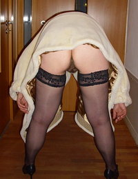 pale redhead hairy pube babes