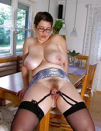 bushy small boob nude